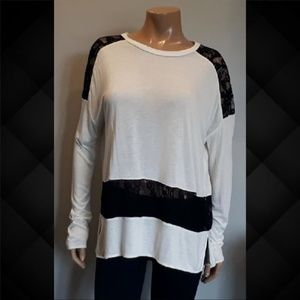 💜 Wilfred Aritzia Ivory Tunic Sheer Lace Top
